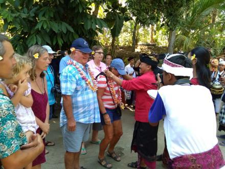 Kunjungan Tamu Sail Indonesia Sebagai Ajang Promosi Pariwisata Desa Menyali