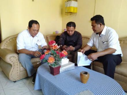 Wawancara Pemutakhiran Data Perkembangan Desa Menyali Oleh BPS Buleleng