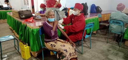 Kegiatan Vaksinasi Dosis 2 Tahap Ke 4 Di Desa Menyali